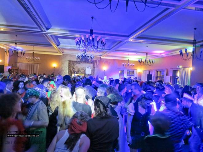 Waldhotel Karneval u30 party feiern dj stimmung-13