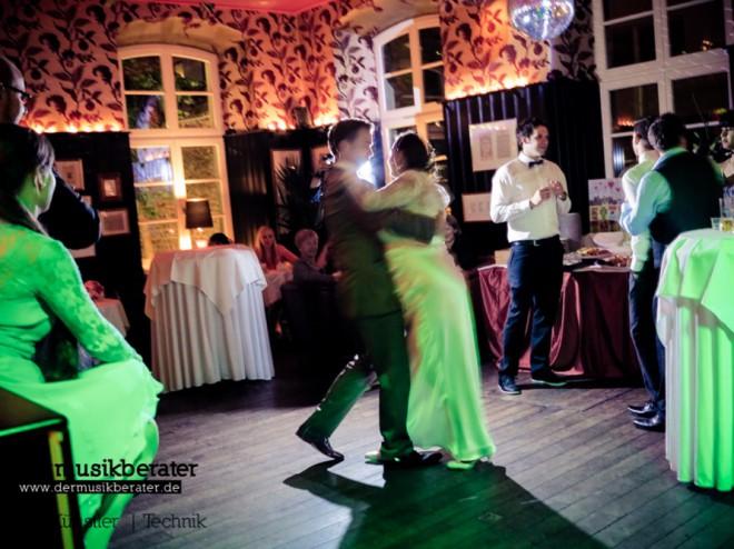 Hochzeit Wolkenburg DJ Event Sommer-22