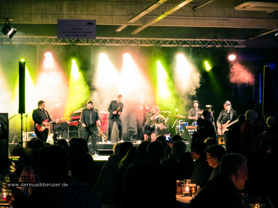 business_event_dj_band_live_act_goodfellas-17
