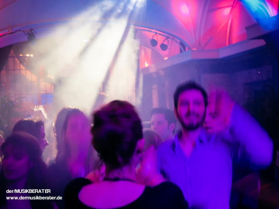 31 Wartesaal Wartesaal am Dom DJ Event Technik DJ Veranstaltung www.dermusikberater.de 01-2015