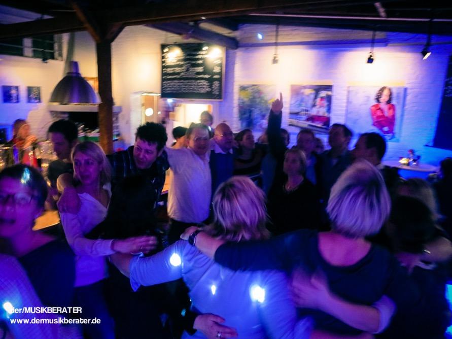 27 Weingalerie Kerpen Pullheim Stommeln Event DJ Location Geburtstag Band Technik PA www.dermusikberater.de 02-2015