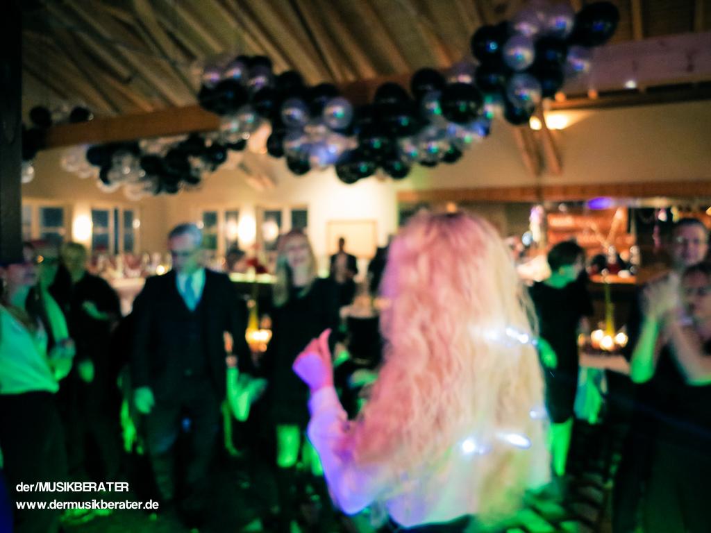 22 Silvester Pulheim Gut Lärchenhof Anfahrt Golf Catering Event DJ Party www.dermusikberater.de 01-2016